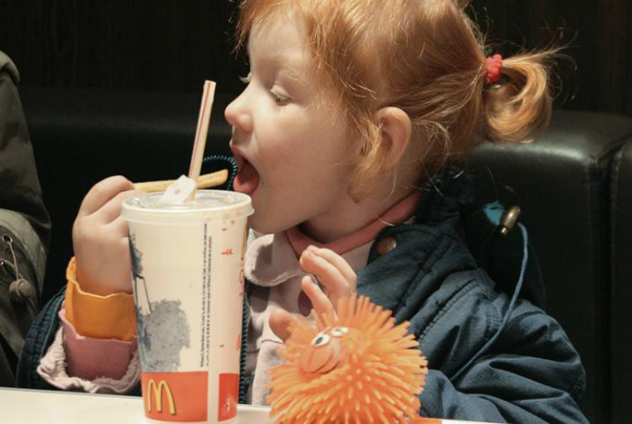 Детское питание в Норвегии. | Фото: utro.ru.