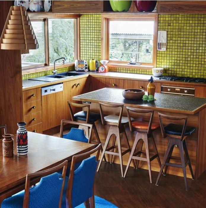 Стильная отделка кухни.