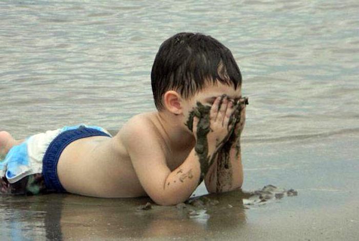 Песочные маски. | Фото: XopoM News.