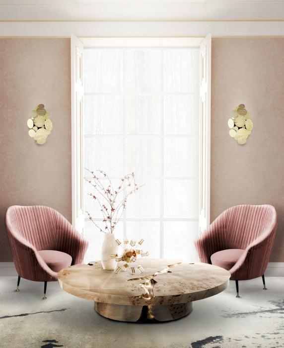 Роскошная гостиная в розово-золотых тонах.