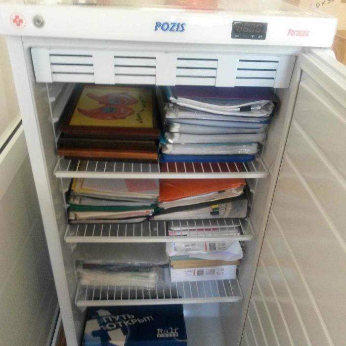 «В смысле, нельзя хранить документы в холодильнике? А где их хранить?»| Фото: Интересные Факты.