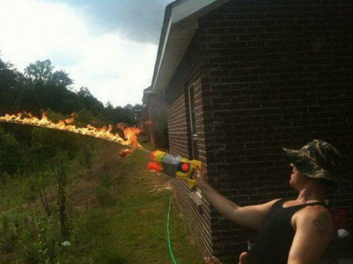 Игры с огнем. | Фото: ЯПлакалъ.