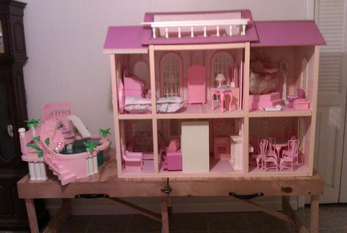 Дом для Барби.