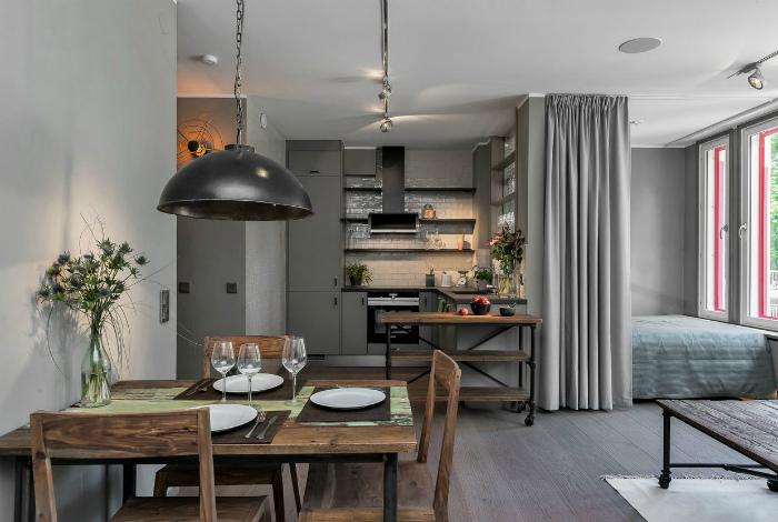 Чудесная квартира-студия с элементами рустикального стиля.