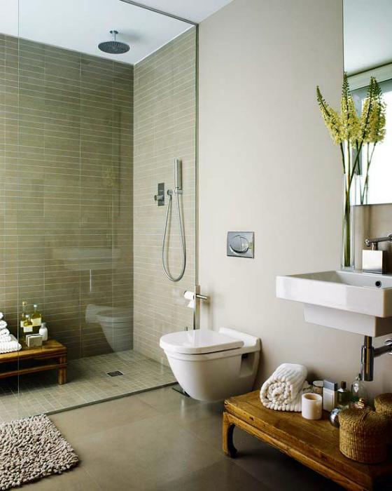 Свежий и лаконичный интерьер ванной.