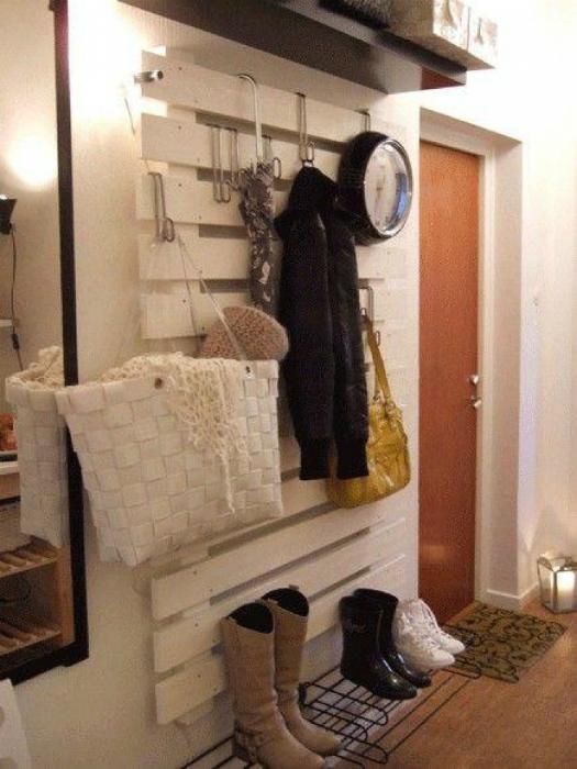 Угловой диван из паллетов