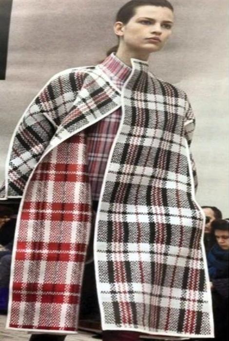 Пальто из клетчатой сумки - верх изысканности.