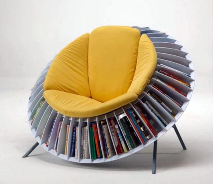 2 в 1: кресло и стеллаж для книг. | Фото: Velco.