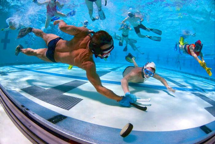Подводный хоккей. | Фото: МирТесен.