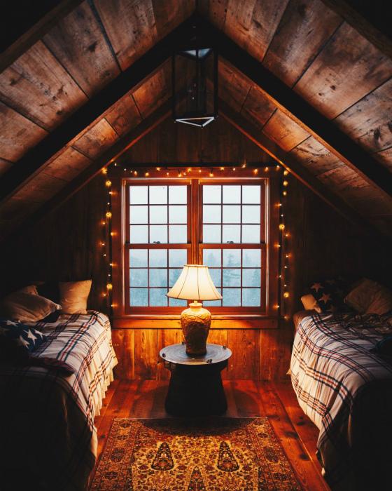 Спальня в стиле рустик.