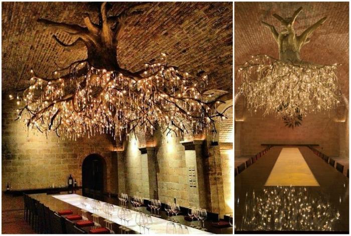 Роскошное произведение искусства, которое украшает дегустационный зал одного из виноградников в Калифорнии.