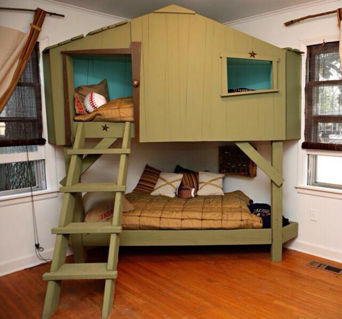 Оригинальный дизайн двухэтажной кровати.
