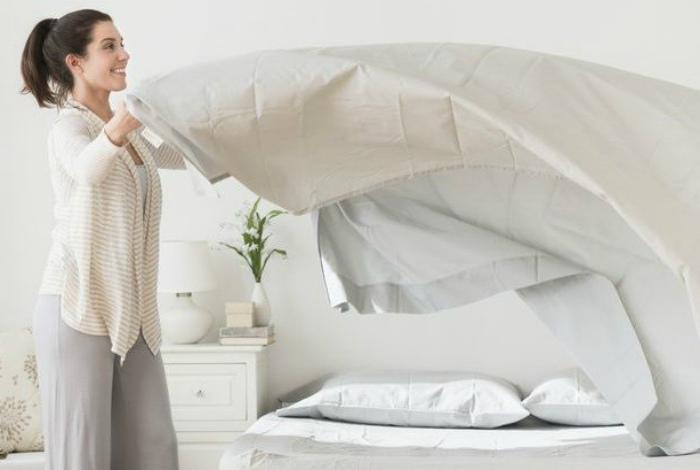 Стирка постельного белья.