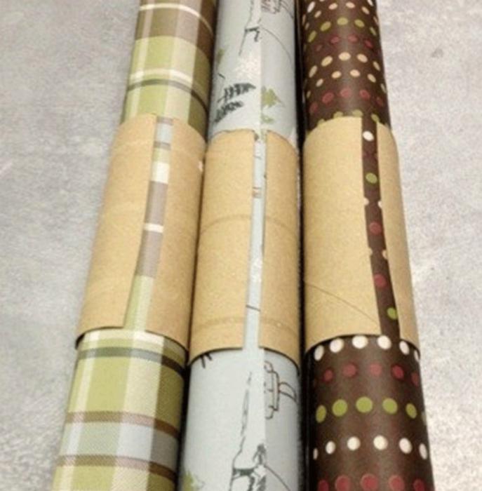 Almacene los rollos de papel pintado y papel.