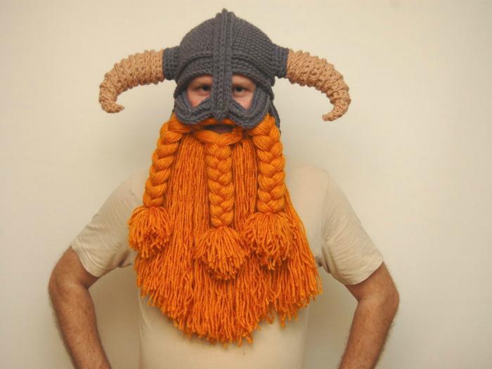Брутальная шапка для серьезного мужчины.