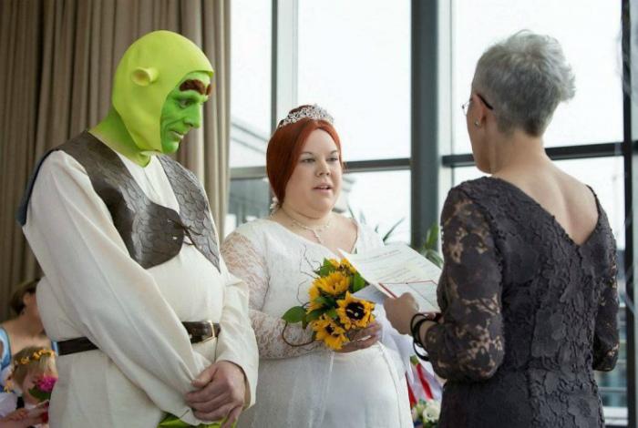Костюмированная свадьба.