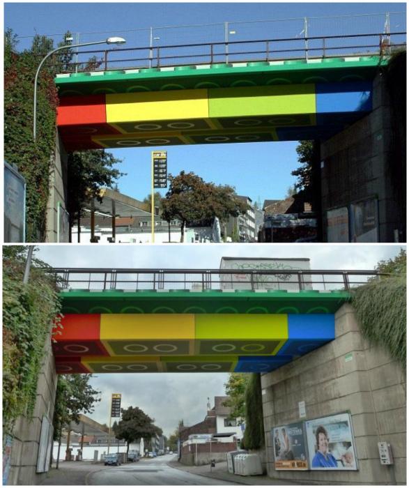 Лего-мост в стиле популярного конструктора.