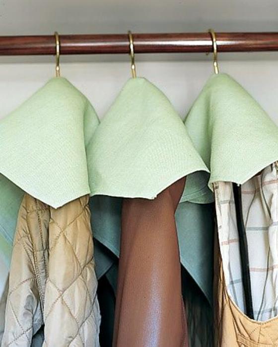 Салфетки для защиты одежды.