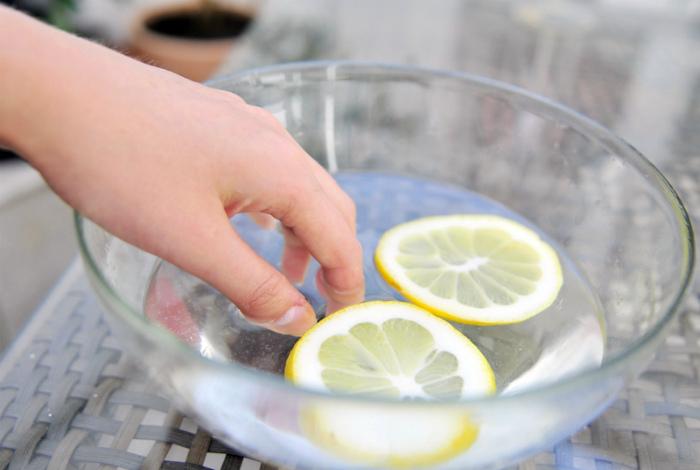 Ванночка для укрепления ногтей.
