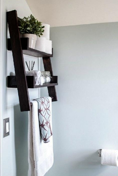 Креативная вешалка для полотенец. | Фото: Pinterest.