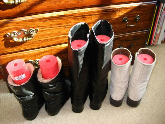 Правильное хранение зимних сапог. | Фото: Shareably.