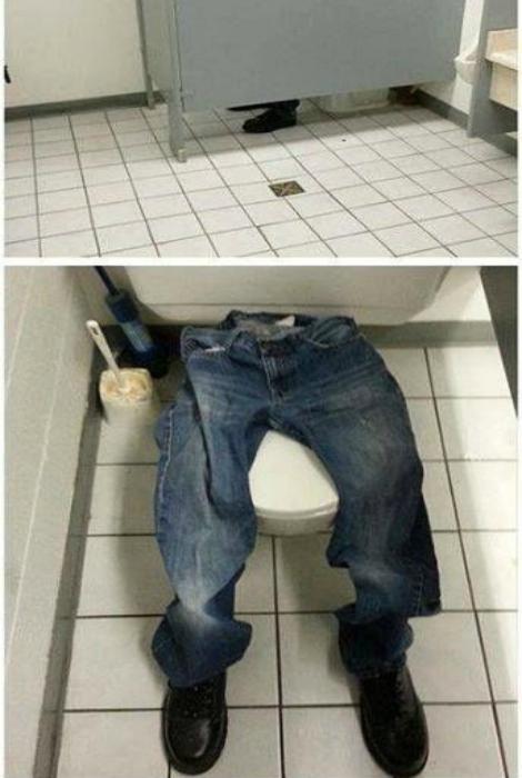 Отменный розыгрыш для организации с одной туалетной кабинкой.