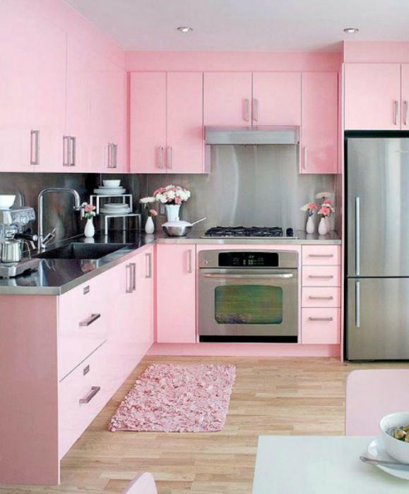 Кухня в серо-розовом цвете.: www.novate.ru/blogs/260816/37756