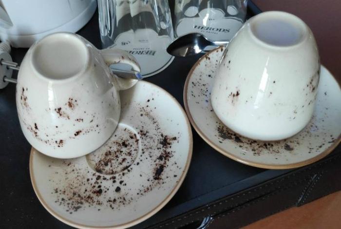 Чашки, которые можно и не мыть. | Фото: Mixnews.