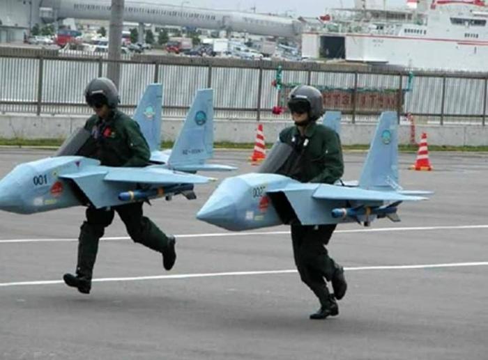 Novate.ru предупреждает, самолеты заходят на посадку! | Фото: Precolumbianweapons.com.