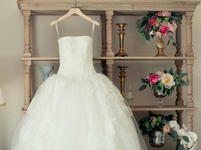 Роскошное свадебное платье.