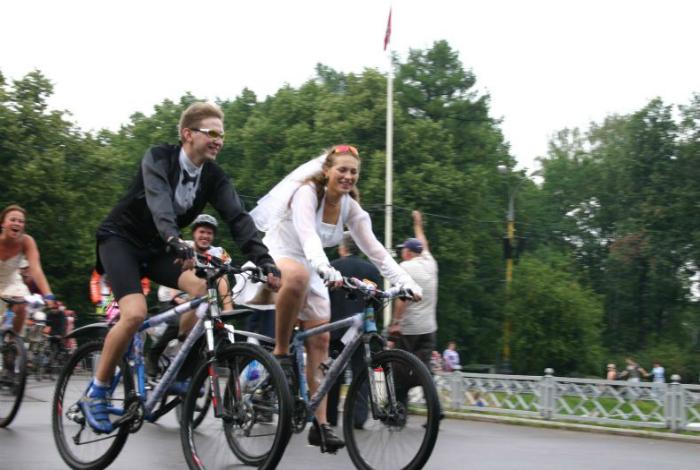 Свадьба велосипедистов.