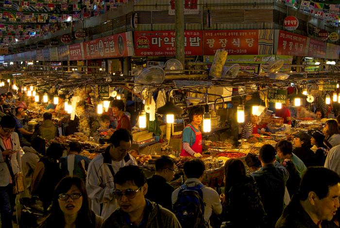 Самый большой рынок в Сеуле.