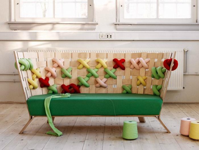 Яркий диванчик. | Фото: News & Trends.