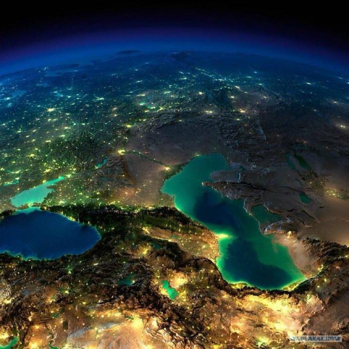 Снимок Кавказа со спутника.