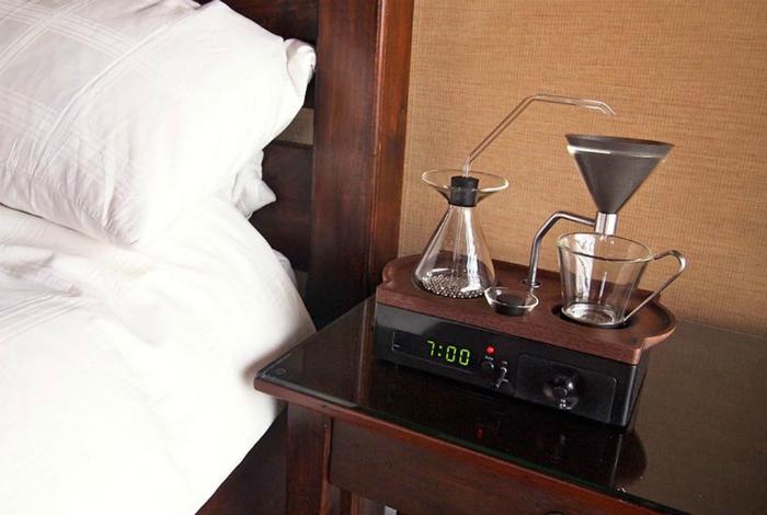The Barisieur - самый лучший будильник, который разбудит своего владельца прекрасным ароматом свежесваенного кофе.