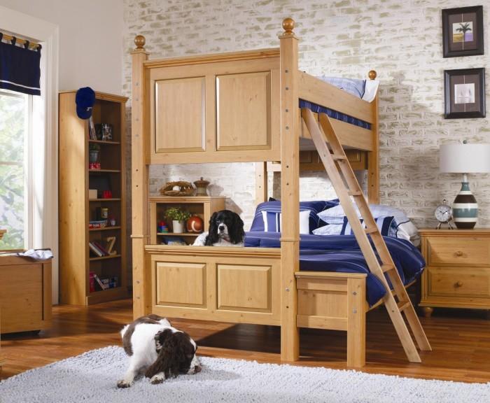 Классическая двухъярусная кровать для взрослых.