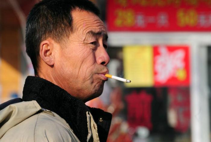 Рьяные курильщики.
