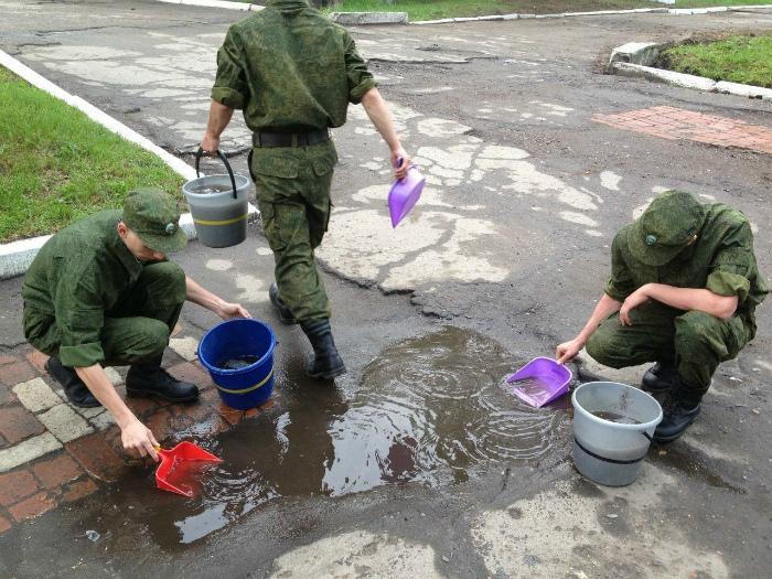 «Армия - лучшая школа жизни!» | Фото: fishki.net.