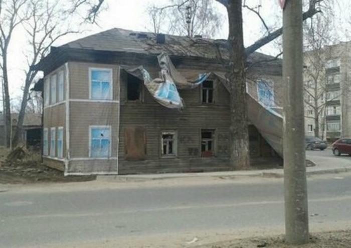Фальшивый фасад.