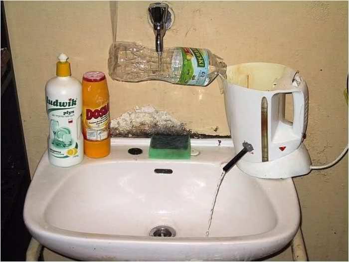 Русский изобретатель смастерил себе водонагреватель.