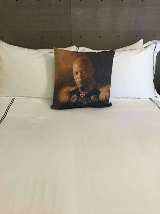 Специфическая подушка.