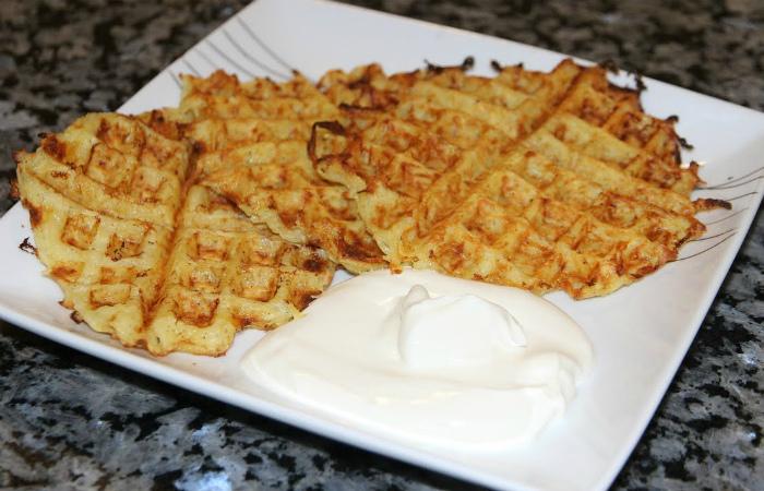 Картофельные драники в вафельнице. | Фото: Newsvideo.su.