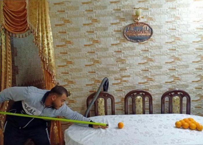 Бильярд на кухонном столе! | Фото: Ololo.tv.