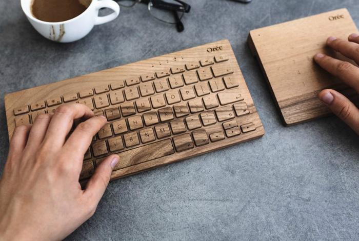 Клавиатура и дерева. | Фото: Pinterest.