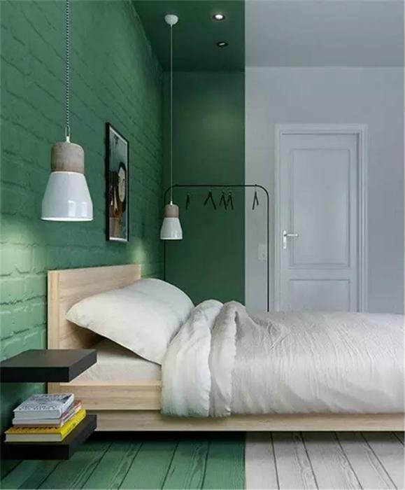 Зелено-белая спальня.