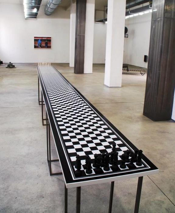 «Скромная» шахматная доска.