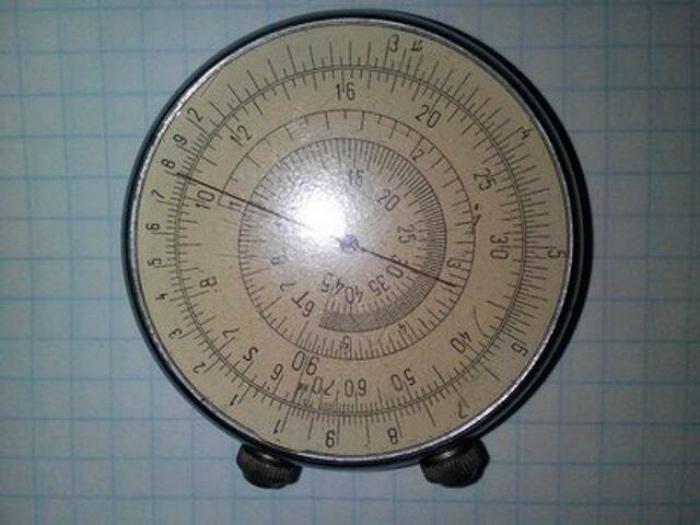Круговая логарифмическая линейка. | Фото: Seldon.News.