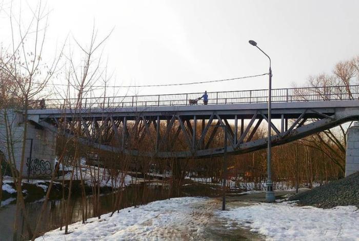 Мост наоборот.