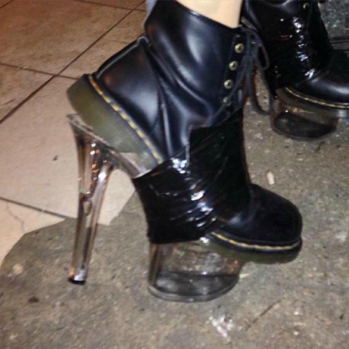 Женственные ботинки.