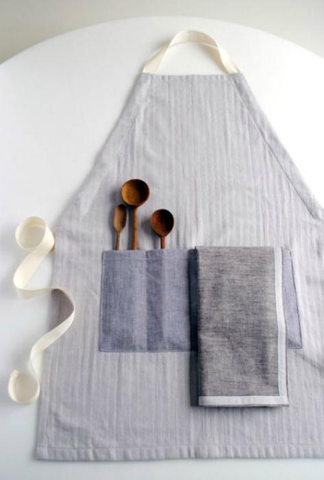 Кухонный фартук с карманами.